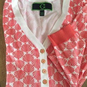 C Wonder V Neck 4 button  pullover Resort  XS